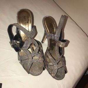 Kate spade New York size 7.5B made in Italy
